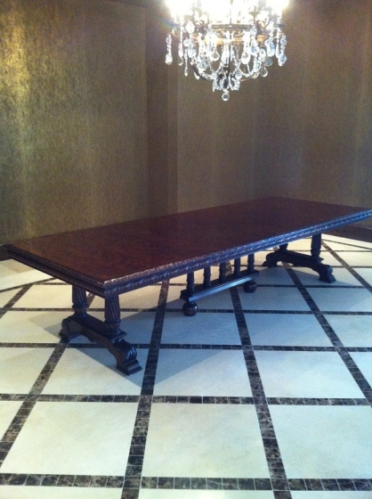 Crotch mahogany dining room table high gloss finish